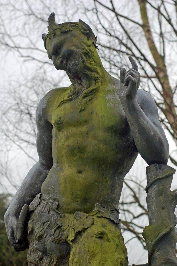 statue-13722