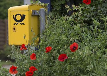 Immer gut zu wissen, wo einer dieser hübschen gelben Briefkästen steht